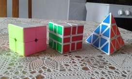 3 cubos de Rubik como nuevos