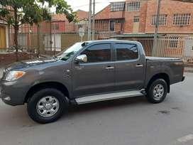 Toyota hilux diesel 4x4 recivo menor valor