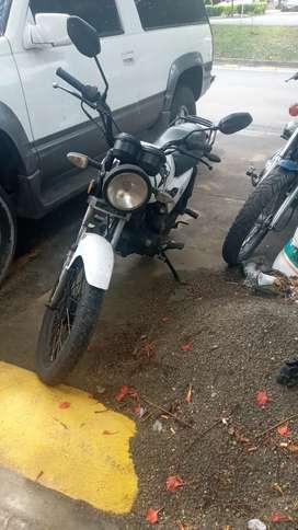 Vendo moto en excelentes condiciones