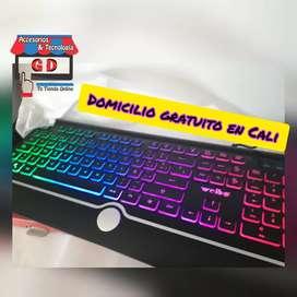 TECLADO GAMER RGB REF WB580