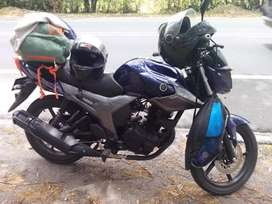 Vendo Moto Szr153
