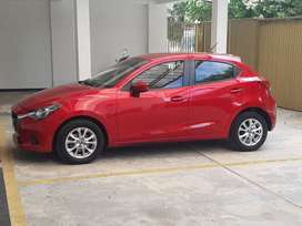 Mazda 2 touring  modelo 2016 automovil