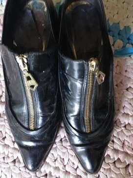 Par de zapatos usados 38 39