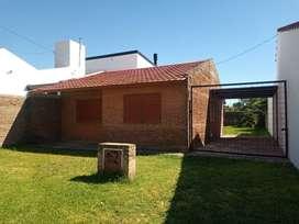 Alquilo casa en paracao