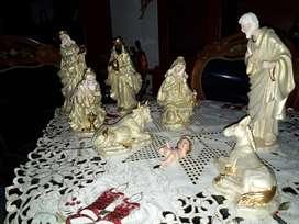 Vendo Hermoso Nacimiento en Porcelana