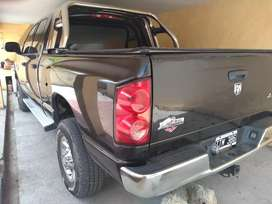 Ram 2500 impecable