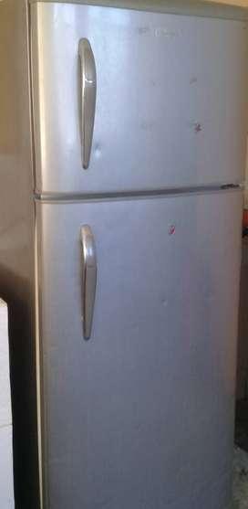 Vendo Refrigerador indurama y Lavadora GE
