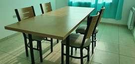 Venta de Mesa extensible de comedor con 4 sillas