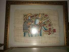 Papiros enmarcados.