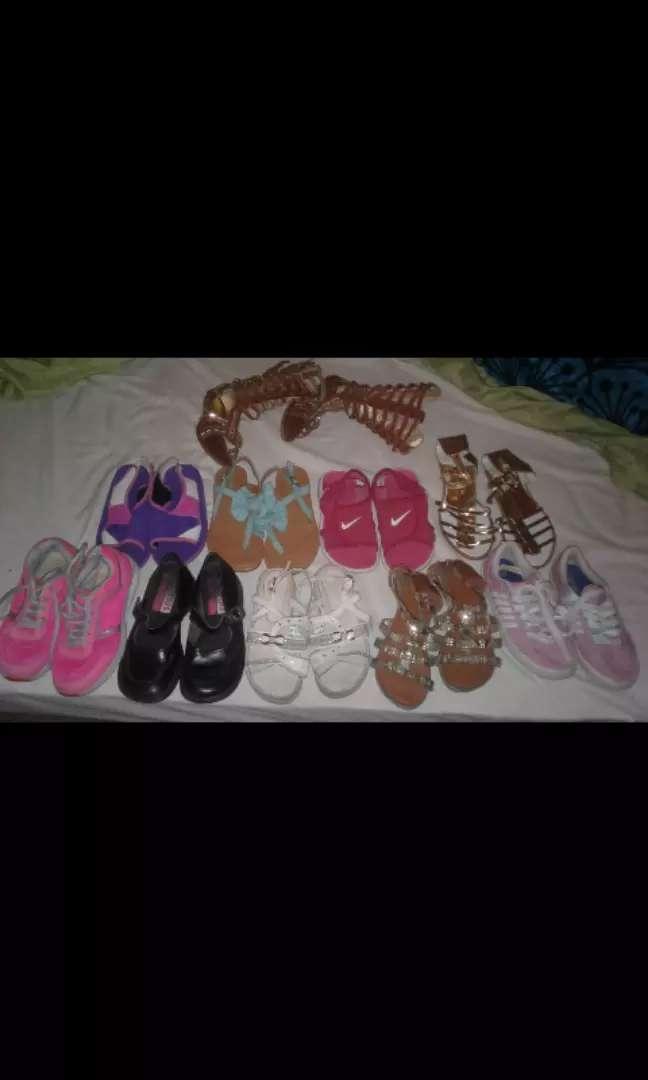 Vendo zapatos de niña usados baratos 0