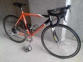 Bicicleta de ruta GIOS barata grupo tiagra 8v