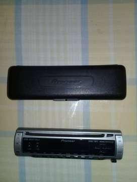 MASCARA DE RADIO MARCA PIONEER modelo DEH-2850MP