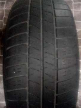 Neumáticos para auto Pirelli y bridgtone
