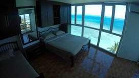 Apartamento con Balcón y Vista Panorámica al Mar