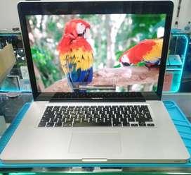 MacBook Pro 15, Core i7 2.3 Ghz , Memoria RAM 16gb, Solido Ssd128gb , Impecable, 639 Ciclos Cargador Original
