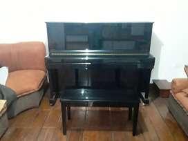 Piano vertical Hermann