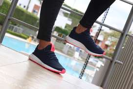 ADIDAS SWIFT HU AZUL FUSCIA