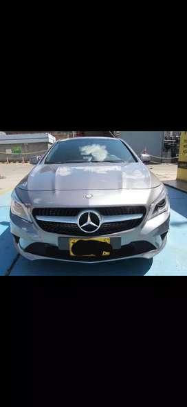 Espectacular Mercedes Benz CLA 180