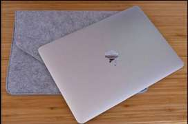 Macbook Core M3 retina