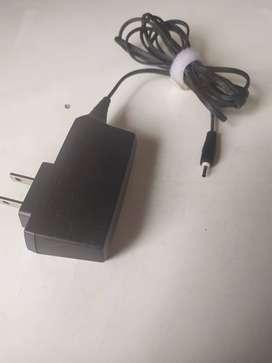 Cable conector a fuente de poder plug redondo pequeño