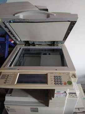 Impresora y fotocopiadora Ricoh