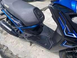 Vendo bws negro azul en exelente estado