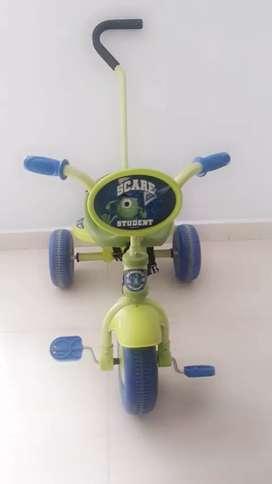Vendo triciclo para niño
