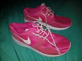 Nike Mujer Talla 37.5 Zapatilla