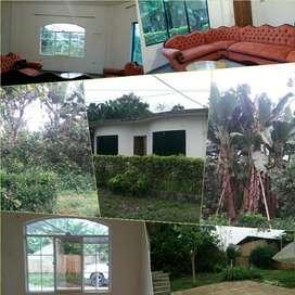 Casa con terreno en San Luis de Pambil