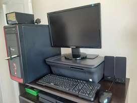 Se Vende Computadora de Mesa+Impresora
