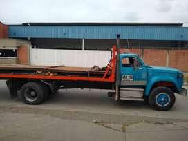 Se vende camion Dodge D 600, repotenciado 2003. Color azul marfil