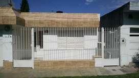 ALQUILO CASA 2 DOR PATIO JARDIN GARANTIA LABORALE $12500 RICHIERI 3861