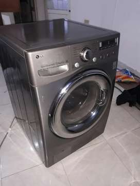 Se vende lavadora secadora