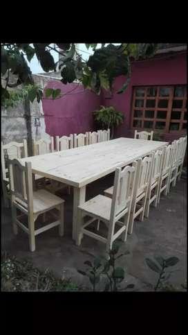 Mesas bancos y sillas a pedido