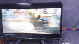 SMART TV PHILIPS DE 32 PULGADAS CON CONTROL REMOTO ORIGINAL