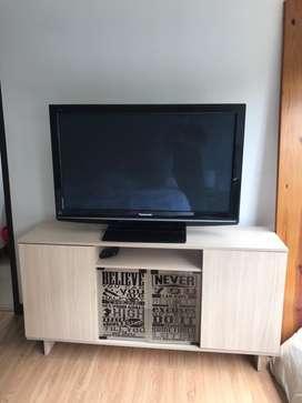 TV Panasonic Plasma 42'