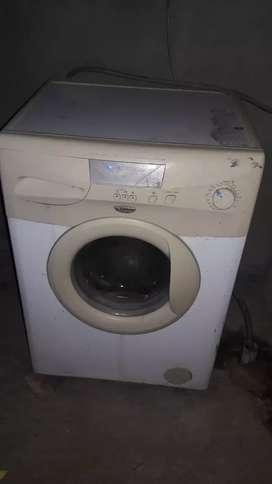 Vendo lavaropa perfecto estado funciona muy bien