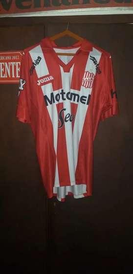 Camiseta titular San Martin de Tucumán XL usada en juego de utilería