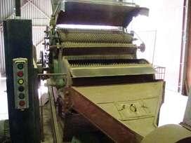 Lobo carda marca ORESTE ROLANDO, telera de alimentación metálica largo 1.600 mm, tambor metálico de 1.320 mm de ancho