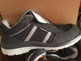 Calzado Zapatilla De Seguridad Funcional Ultralivianos Soul número 44 color gris oscuro