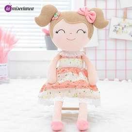 Muñeca de trapo para bebés
