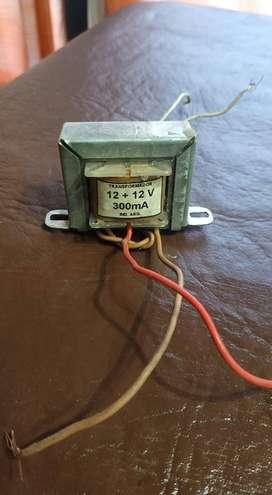 Trafo 1212 300 mA nuevo sin uso 220 a 12v