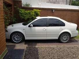 Volkswagen Bora 1.8 año 2011 Turbo AT- Financio45
