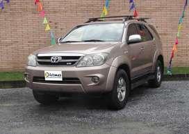 Toyota Fortuner SR5 4X4, 2009, Gasolina