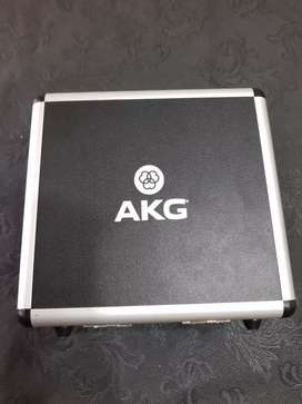 Micrófono profesional AKG P220