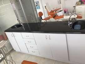 Mueble con doble lavamanos