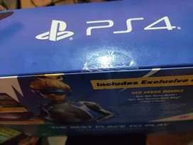 Vendo ps4 slim 1 Tb