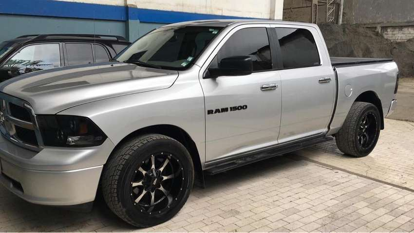 Dodge ram unico dueño impecable 0