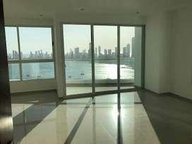 Hermoso apartamento en la ciudad de Cartagena con vista a la bahía y al centro histórico