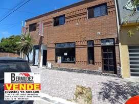 Venta de 2 Locales + Viviendas en Zona Centro de Mar Del Tuyu. Calle 2 entre 78 y 79